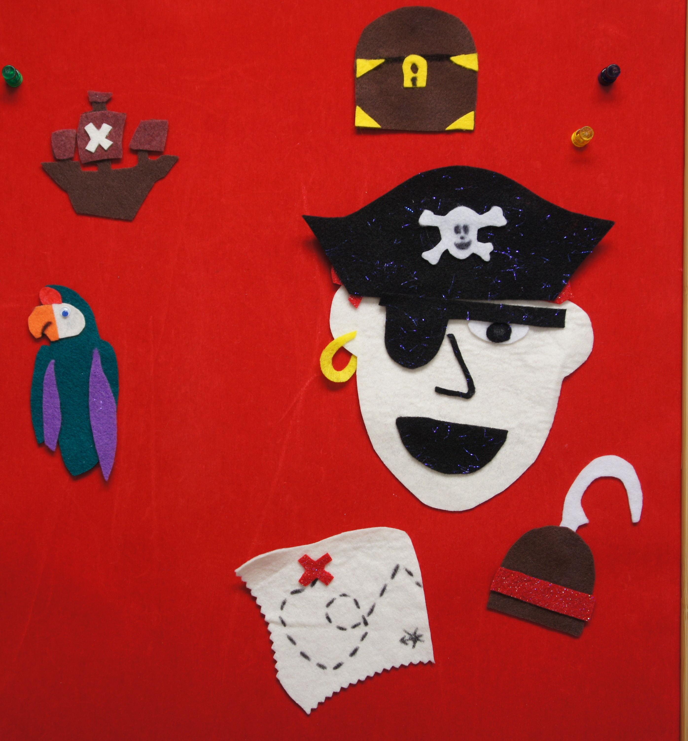 Pirate crafts for toddlers - Ahoy Pirates