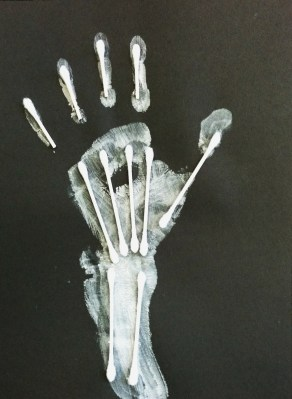 Q-tip Handprint Skeleton